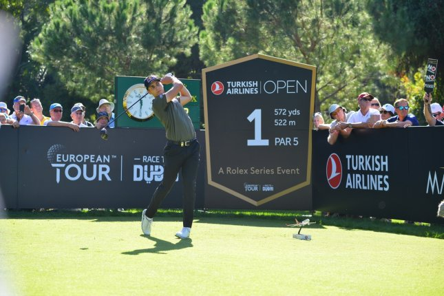 SCHWAB SETS THE PACE AT TURKISH AIRLINES OPEN
